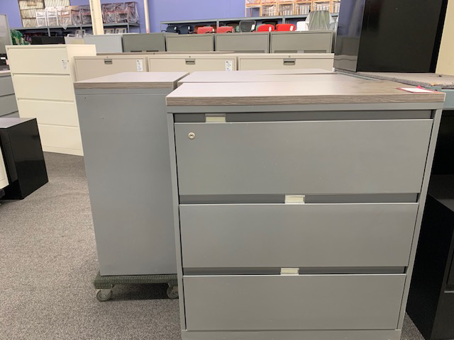 Steelcase 3-drawer later file with top cap and key - Gently Used