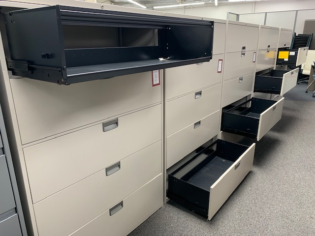 Steelcase 4-drawer 36-inch lateral file with top cap and key - gently used - second photo